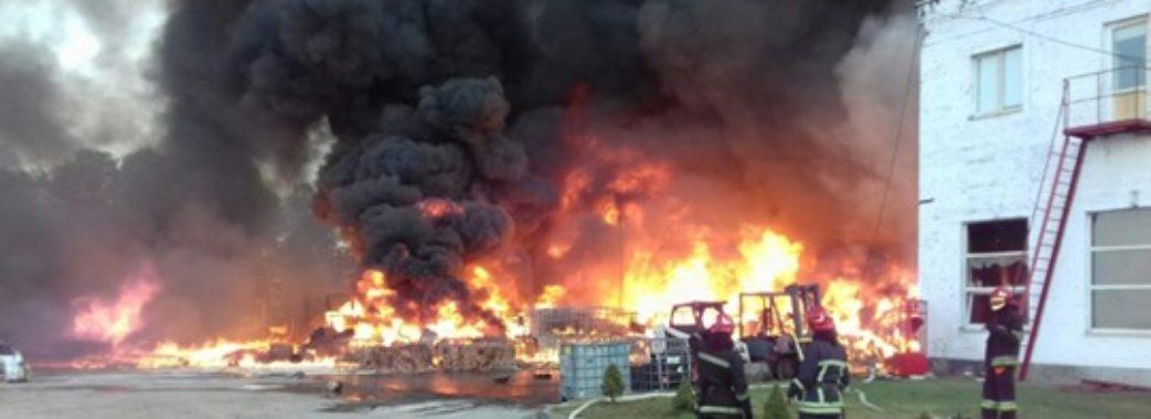 """""""Людей нудить, а нам кажуть, що нічого шкідливого там не було"""", – мешканець Чишок після пожежі"""