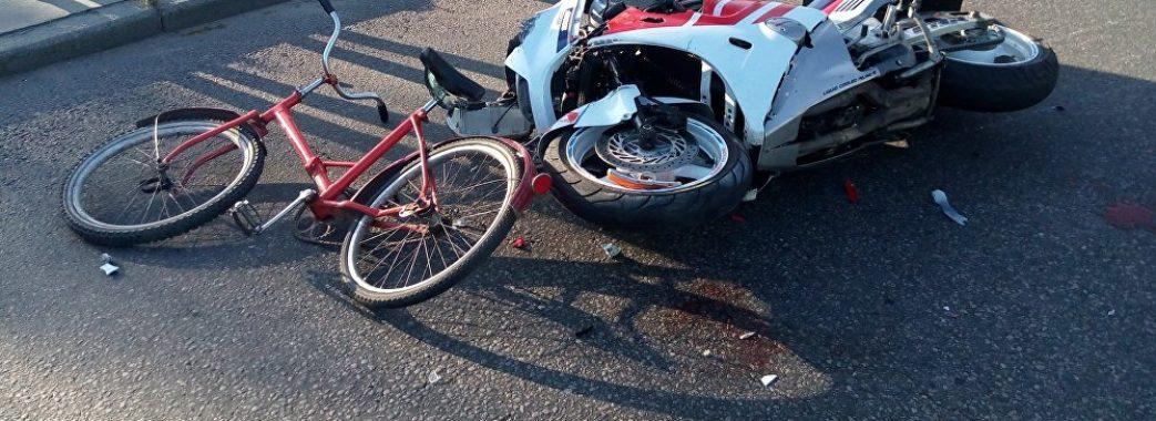 На Бродівщині мотоцикліст наїхав на 9-річного сусідського хлопчика