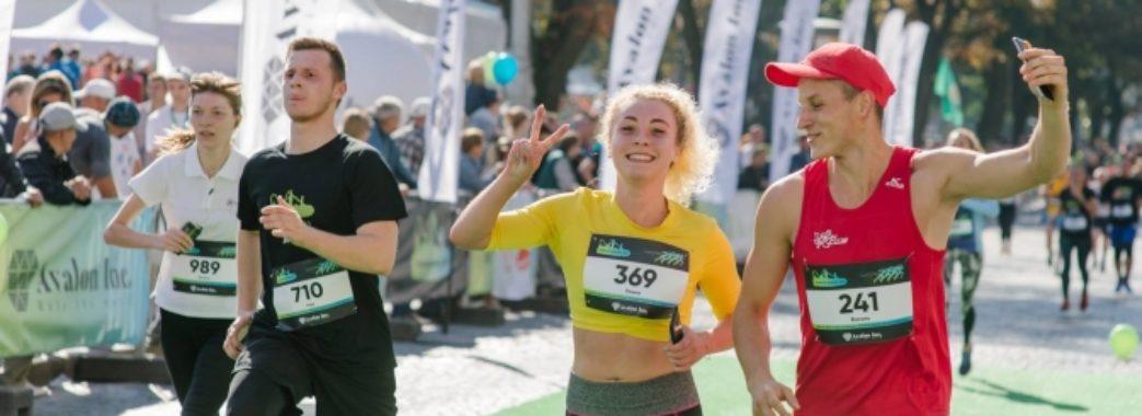 У неділю центра Львова перекриють через змагання з бігу: як курсуватиме транспорт