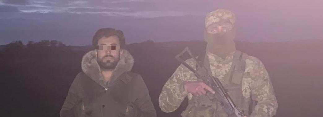 На Мостищині місцеві мешканці допомогли затримати турка-нелегала