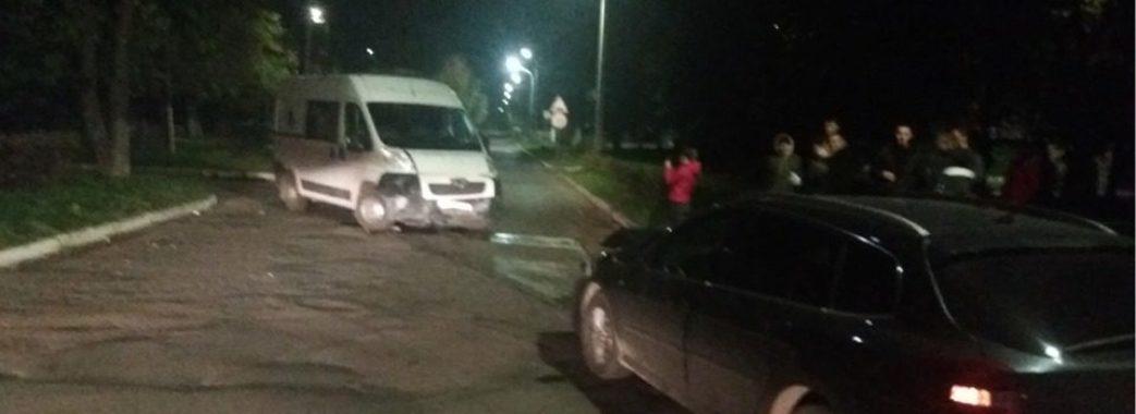 У Сокалі легковик зіткнувся з каретою швидкої допомоги