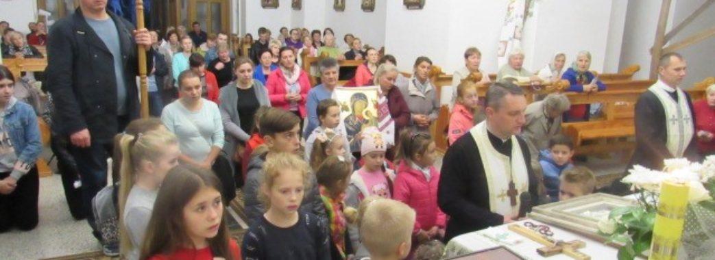 Мільйон дітей помолилися разом: Львівщина приєдналась до молитовної акції