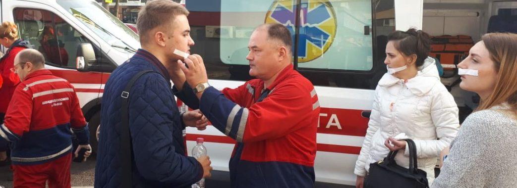 У Львові через зіткнення маршруток травмувалося десять людей