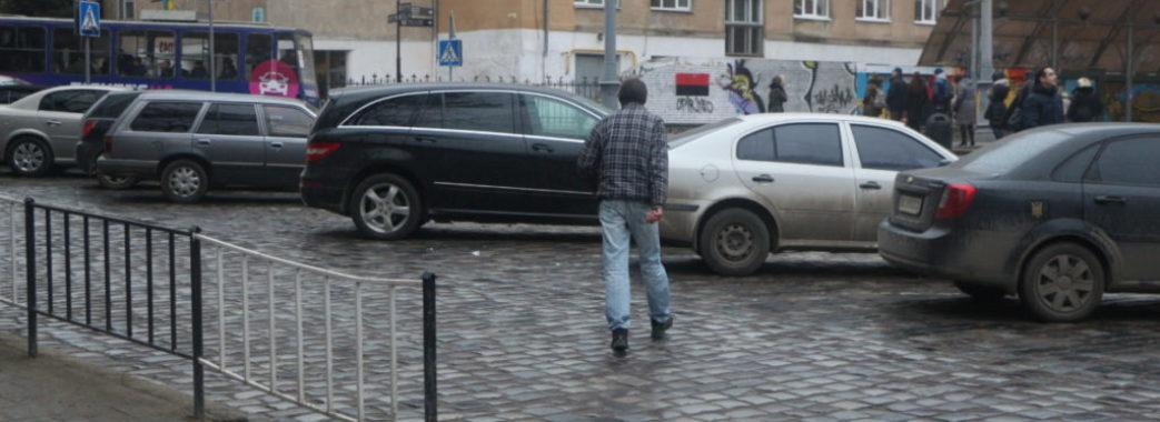 На Яворівщині загинув пішохід