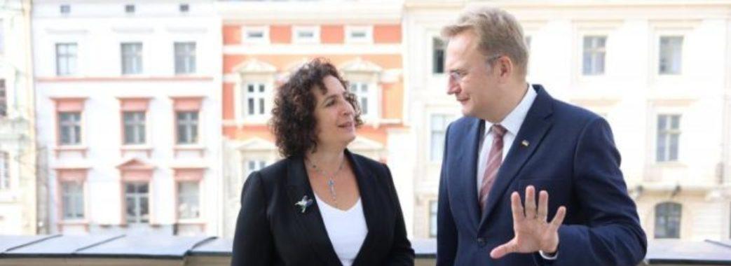 Львів співпрацюватиме з містами Великобританії у сфері освіти