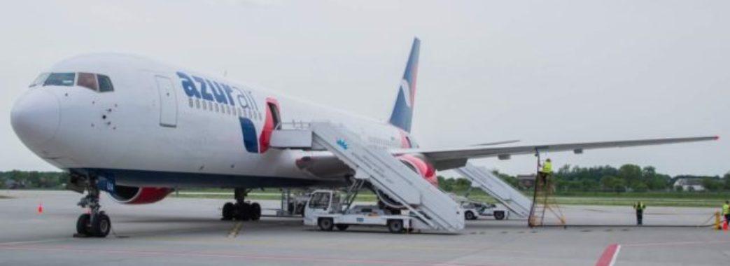 Літак «Львів-Хургада» повернувся назад одразу після злету