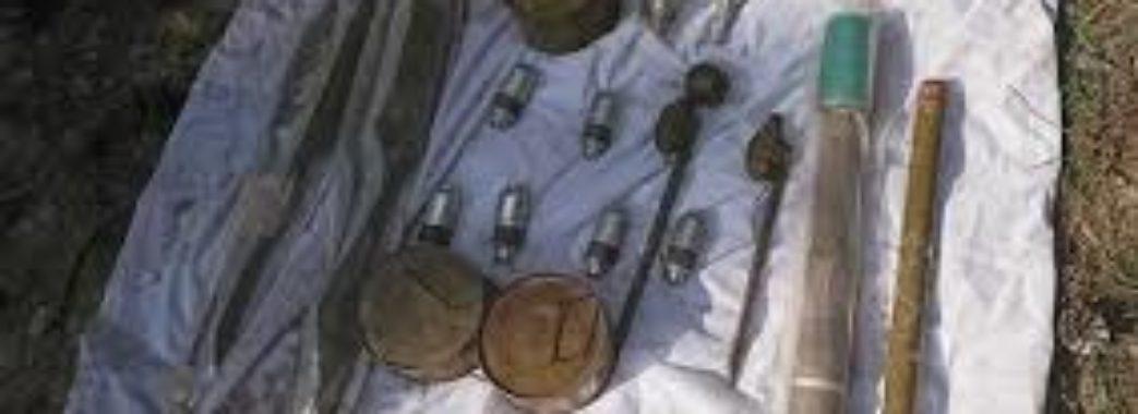У закинутому будинку в Бориславі виявили арсенал військової зброї