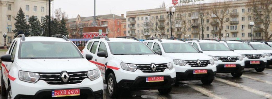 Сільські амбулаторії Львівщини отримають 28 позашляховиків
