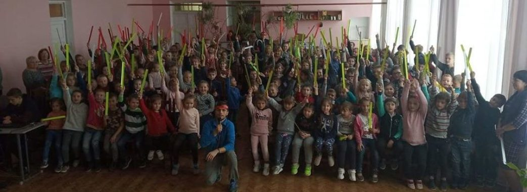 «Світлий одяг може вберегти дитину від біди»: у Жидачеві провели акцію «Безпека на дорозі»