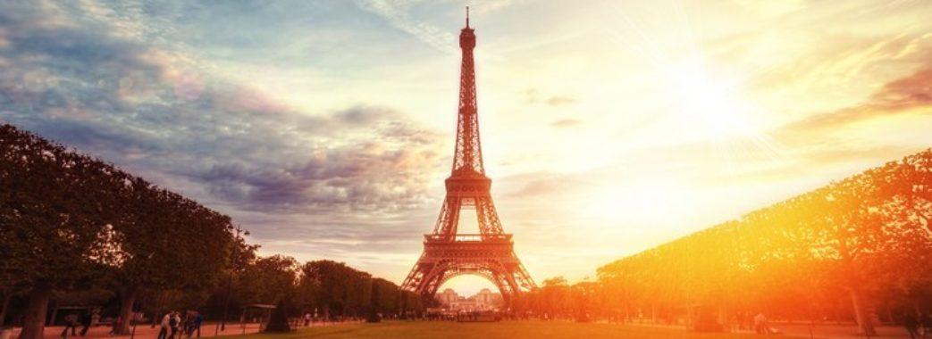 Перший літак зі Львова до Парижа вилетів на півгодини пізніше