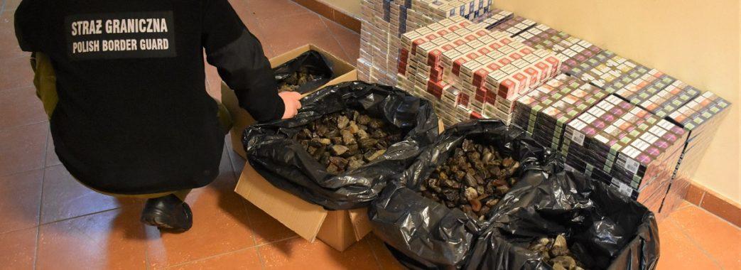 Найбільшу контрабанду бурштину за рік виявили на кордоні з Польщею