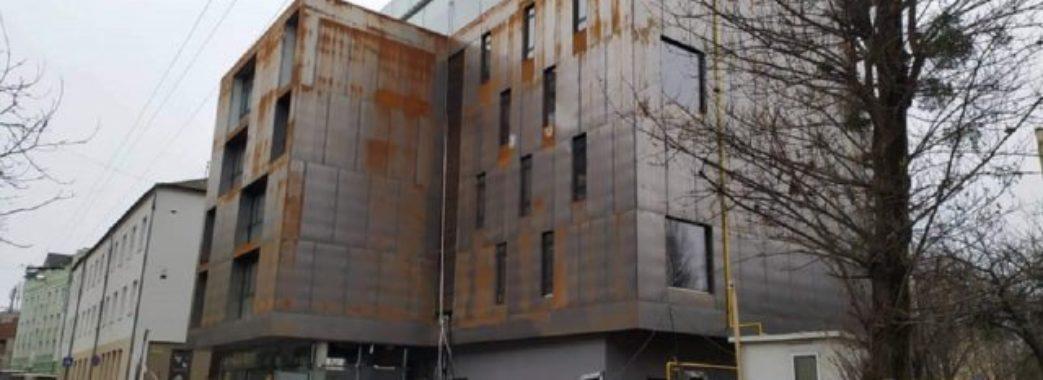 У львівському готелі працівник помер від травми голови