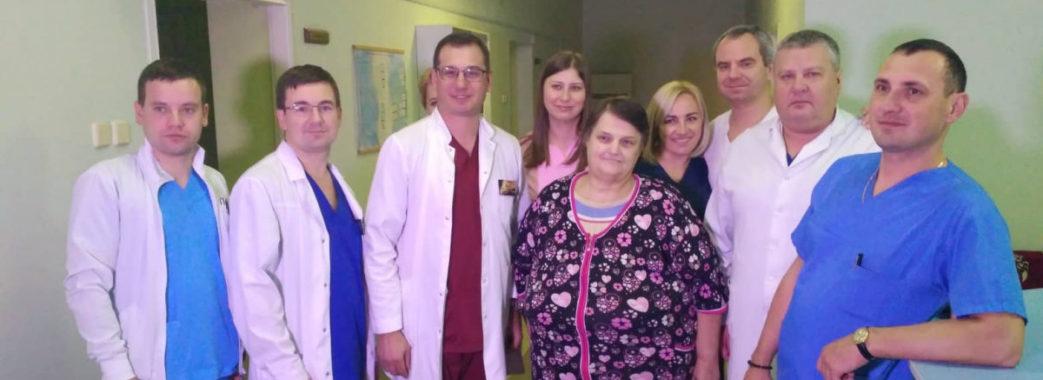 Жінці з Золочівщини видалили гігантську 20-кілограмову пухлину