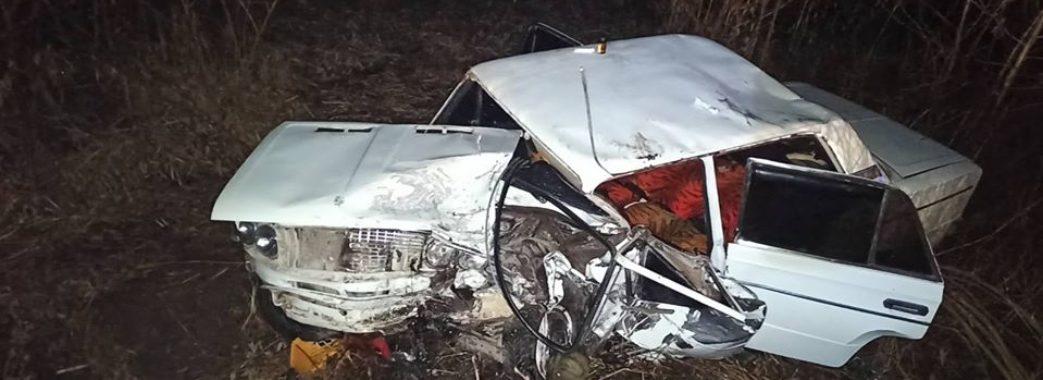 Машина розбилася вщент: у Радехівському районі на крутому повороті загинула жінка