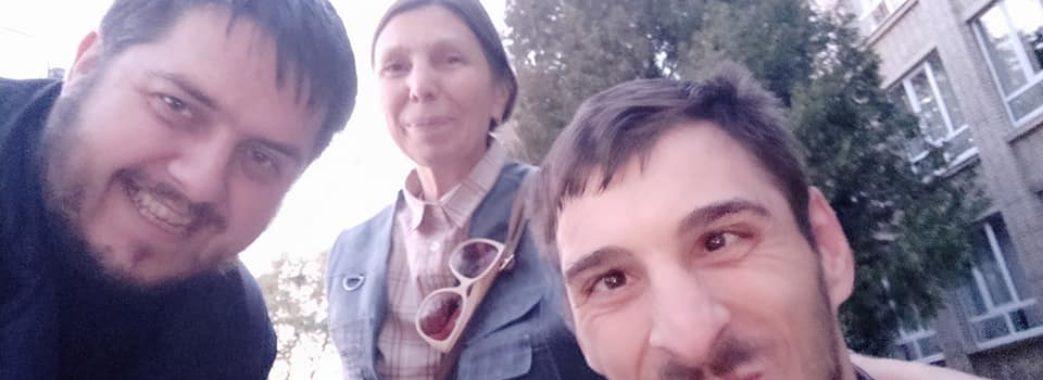 «Уже не доведеться чекати перехожих»: львів'янин на візку може заїжджати з вулиці у свою кімнату