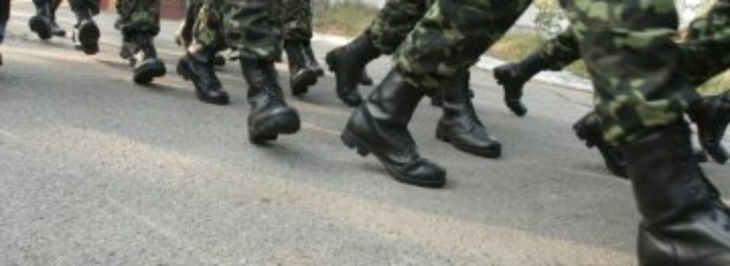 Майор поліції на Львівщині за хабар допомагав «косити» від армії
