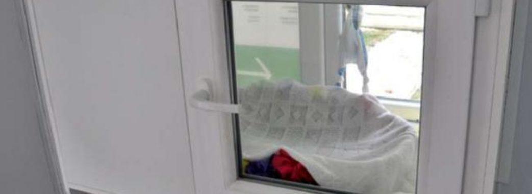 У львівську лікарню підкинули дівчинку