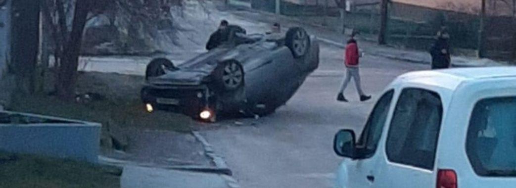 «Із авто виповзало «мертве тіло»: у Миколаєві водій мало не збив дитину