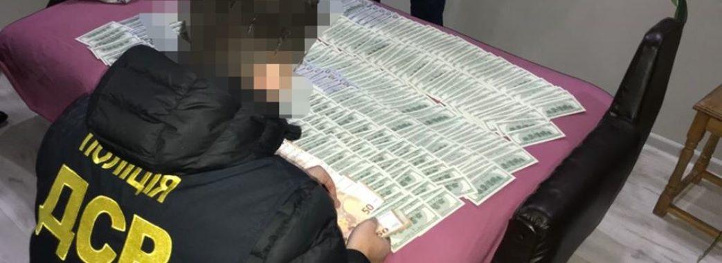 Вимагали 50 тисяч доларів: уродженців Старого Самбора та околиць підозрюють у нападі на заробітчан