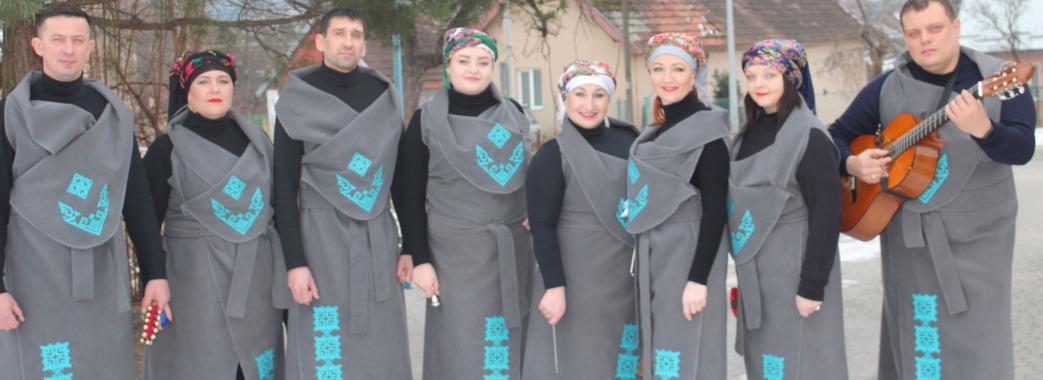 «Щоб відродити дух Різдва»: мер Миколаєва ходив до міщан колядувати