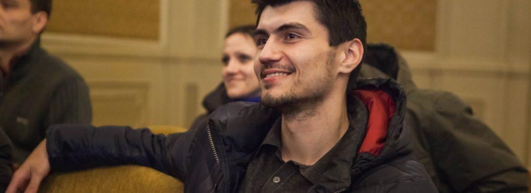"""Тарас Матвіїв: """"Гроза зі Сходу: як встояти війську"""""""