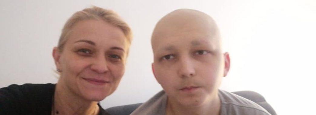 «Сину дають шанс на життя – і це дуже важливо» : студенту Володимиру Андрієцькому треба ще 200 тисяч євро на лікування