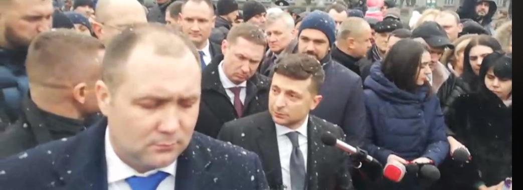 Президент Зеленський зустрівся із шахтарями у Червонограді