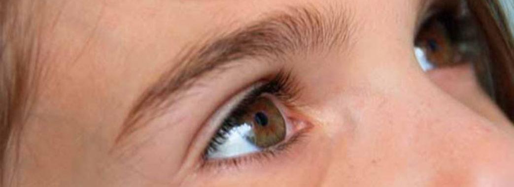 «Обов'язково дізнайтеся причину набряків під очима», – лікар Анастасія Марко