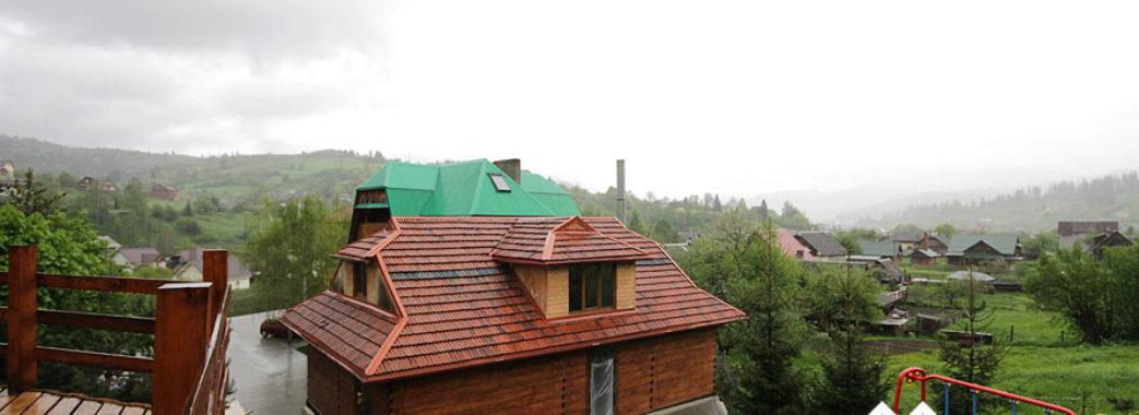 """""""Дітей продовжуємо лікувати"""": 14 людей отруїлися в готелі на Сколівщині"""