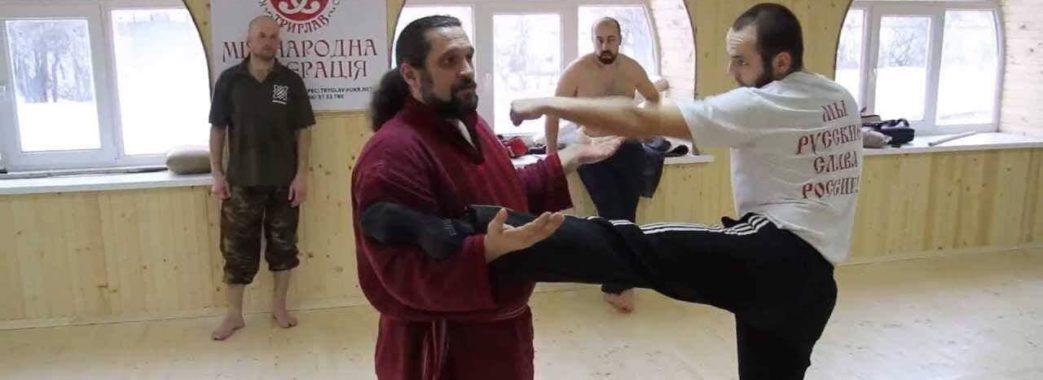 «Що вкладають у голови нашим дітям?»: у Самборі запрацювала школа бойового мистецтва «Триглав»