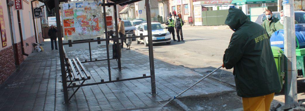На Миколаївщині почали знезаражувати місця масового скупчення людей