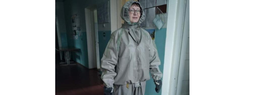 У Бориславі медикам видали костюми хімічного захисту для боротьби з COVID-19