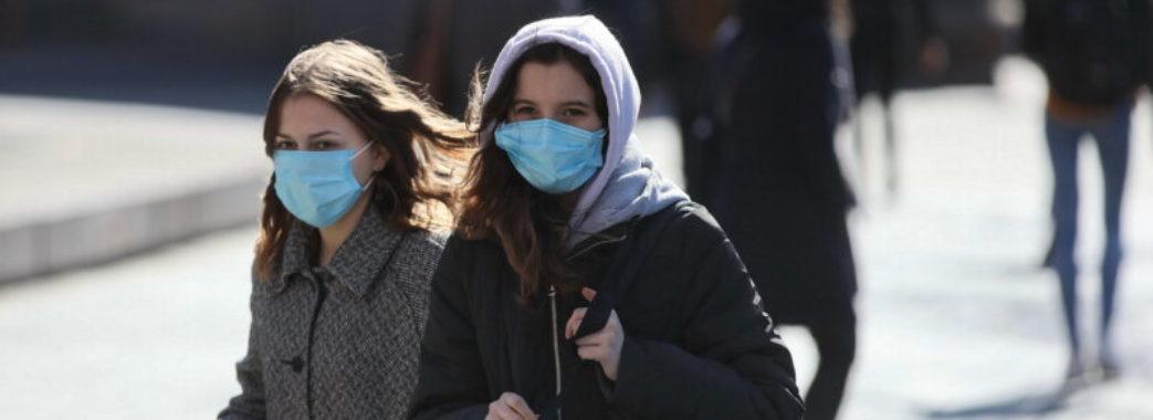Стало відомо, люди якого віку найчастіше хворіють на коронавірус в Україні
