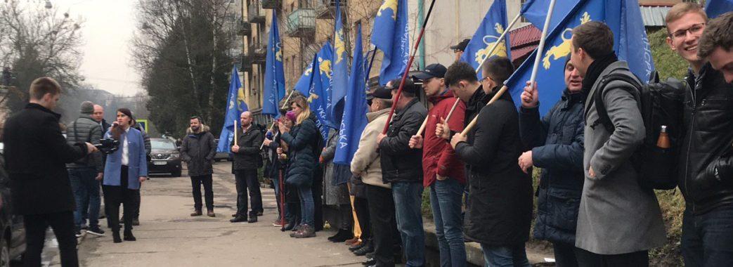 Перше судове засідання у справі Козловського проти Української Галицької партії не відбулось