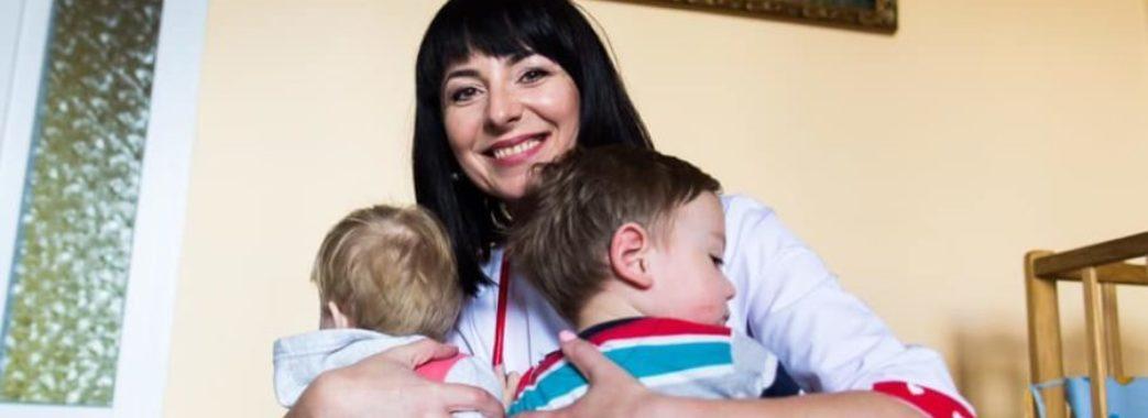«Люди приховують свої контакти із хворими»: сімейна лікарка з Пустомитівщині заразилася COVID-19