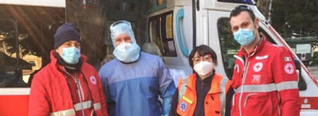 Українські медики лишилися в Італії ще на тиждень