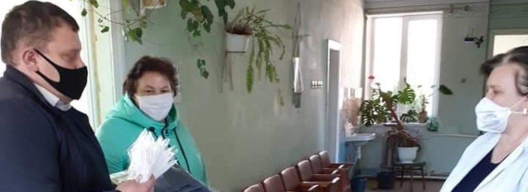 Миколаївські підприємці закупили засоби захисту для місцевих медиків