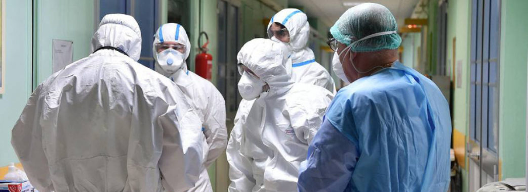 Рада прирівняла померлих від COVID-19 медиків до учасників бойових дій