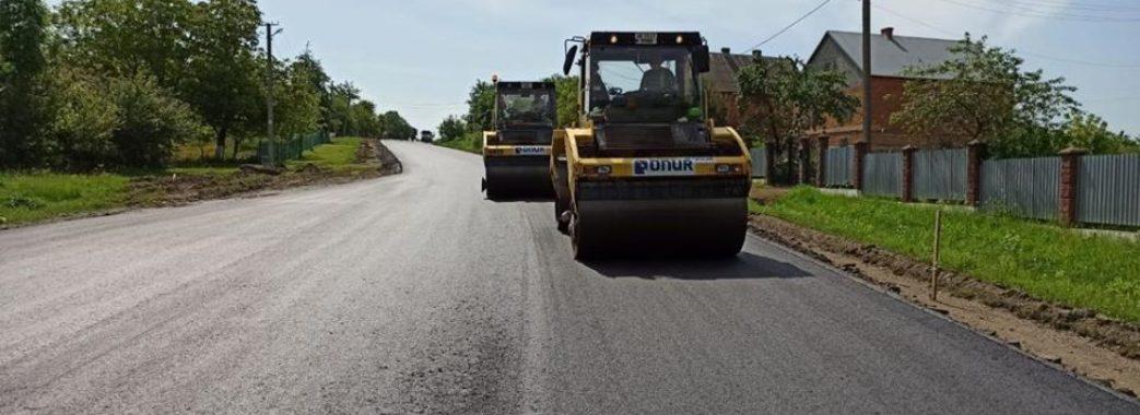 Стало відомо, які дороги на Львівщині зараз ремонтують
