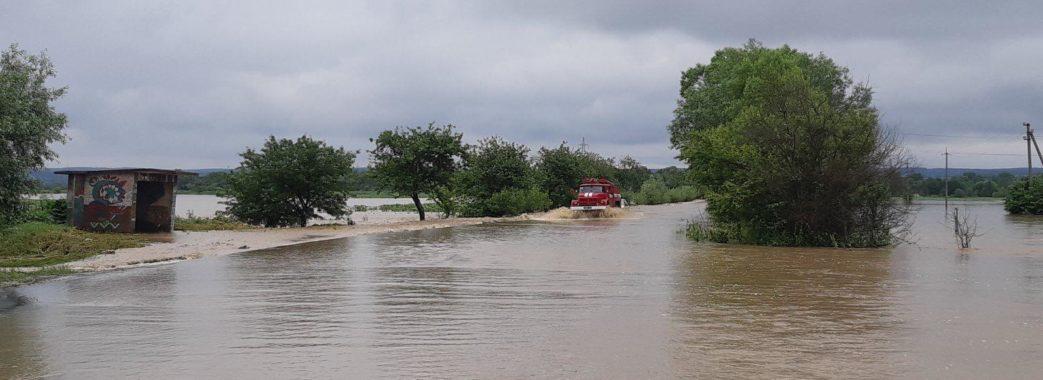 Рятувальники підрахували, скільки будинків на Львівщині затопило