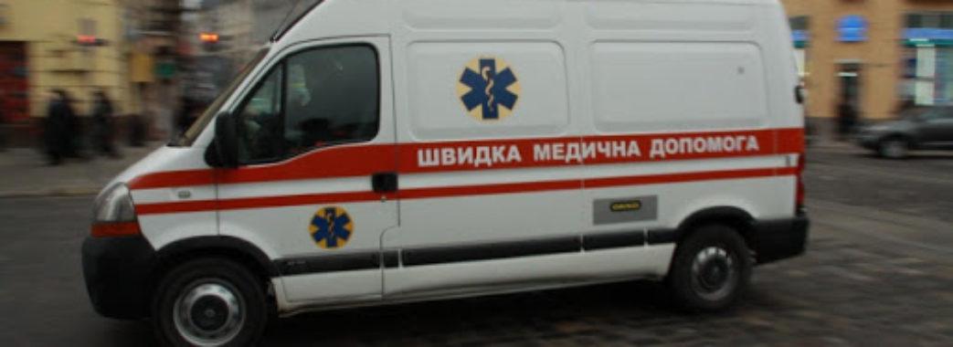 """""""Немає місць"""": медики """"швидкої"""" відмовлялися везти у лікарню львівського професора з підозрою на коронавірус"""