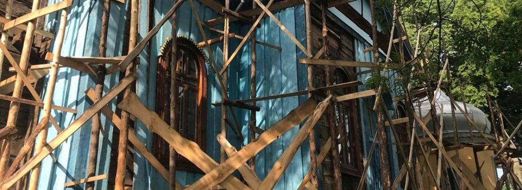 «Старовинні ікони по вулиці валяються»:  на Сокальщині незаконно розібрали 170-річну церкву