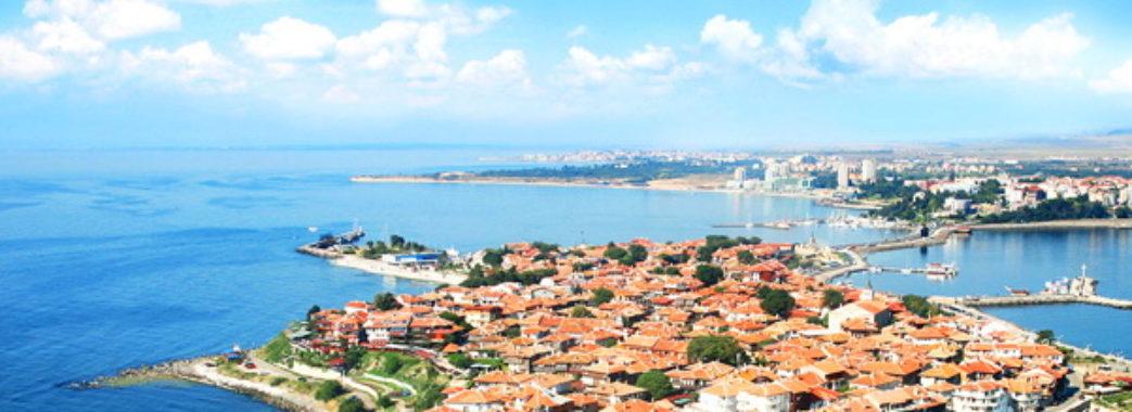 Албанія та Болгарія відійшли до «червоної зони»: МОЗ змінило правила повернення українських туристів