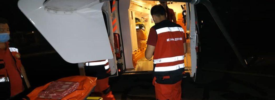 13-річну дівчинку, яка постраждала у ДТП на Бродівщині, гелікоптером доставили до Києва