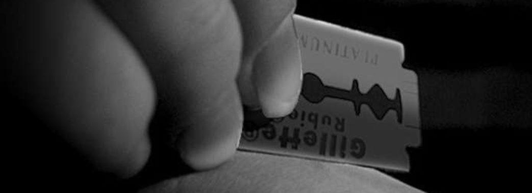 Львів'янин ледь не покінчив життя самогубством: врятували патрульні (ВІДЕО)