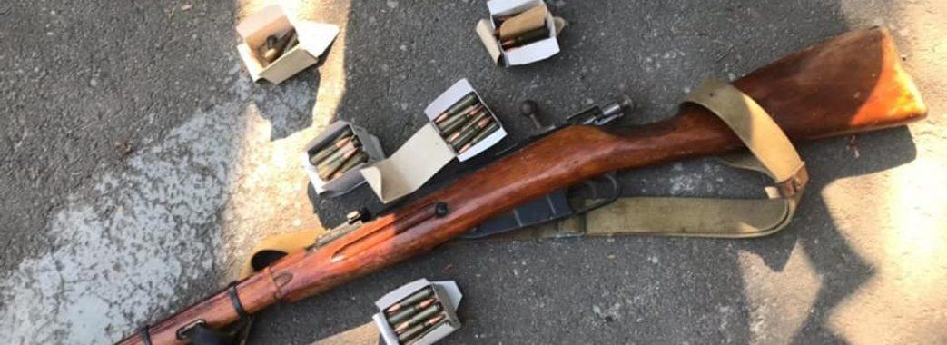 У Львові під час конфлікту між сусідами поліцейські знайшли зброю