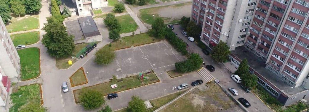 «Не багатоповерхову забудову, а гарний простір»: львів'яни вимагають зупинити скандальні будівництва.