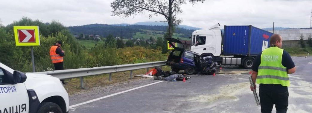 На Сколівщині – смертельна ДТП: зіткнулись автопоїзд та легковик