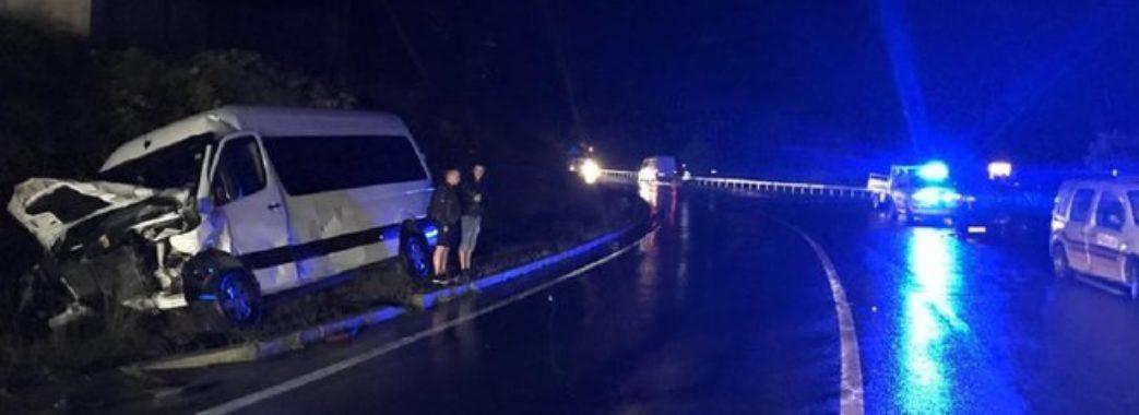 П'ятеро людей постраждали в аварії на Сколівщині: зіткнулися два Mercedes