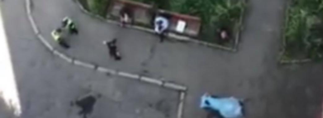 У Львові з вікна 14 поверху випала жінка